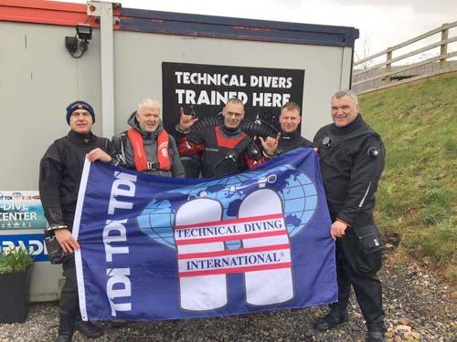 ScubaQuest Divers TDI